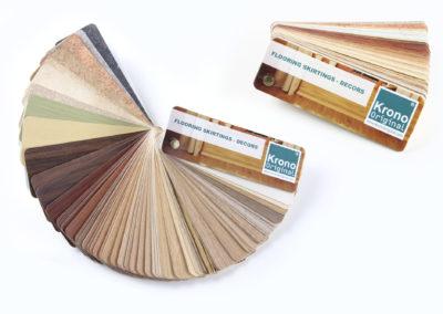 Zaprezentowano wachlarzowy wzornik oklein listowych, który prezentujący szeroką paletę barw i faktur, który został przygotowany dla Krono Original